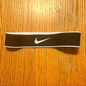 Nike headband EUC